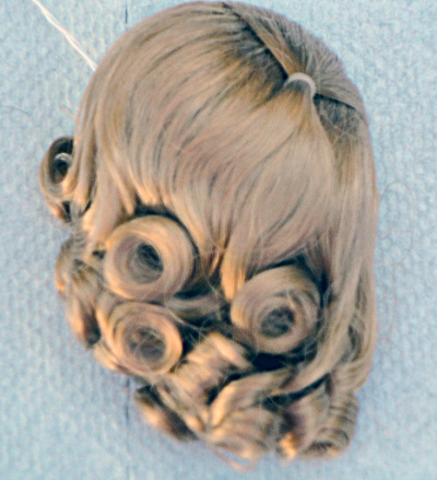 Honey Blonde Lindy Wig For 7-10 In. Dolls, 3.5-5 In. Heads