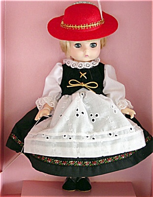 Effanbee L'il Innocents Germany Doll 1989 (Image1)