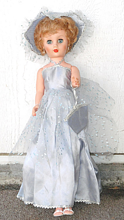 Vintage 19 Inch Fashion Doll in Blue Formal (Image1)