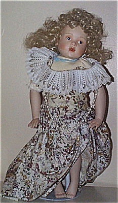 Helen Kish Ashley Dress-Up - Hamilton Collection Doll (Image1)
