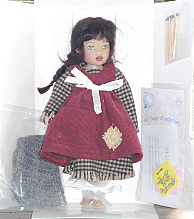 Helen Kish 2007 Tiny Little Match Girl Zsu Zse Doll