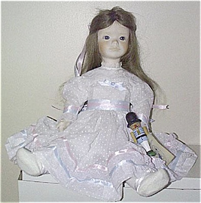 Jerri Bisque Clara Doll of Nutcracker Suite 1980 (Image1)