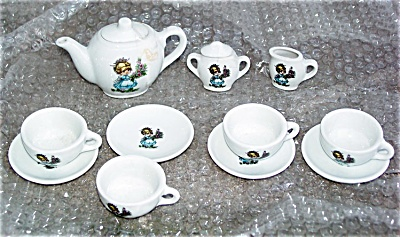 Child's Made-in-japan China Tea Set