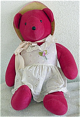 North American Bear Co. Cranberry Bear 1979 (Image1)