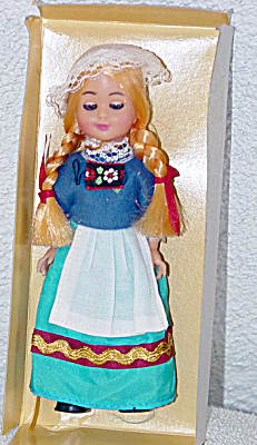 Holland Nationality Girl Doll Early 1980s (Image1)