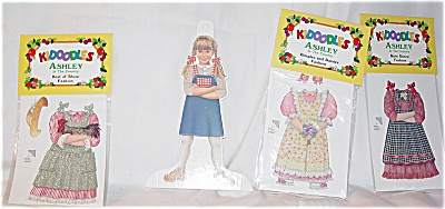 Peck Aubry Ashley in the Country Kidoodles Paper Doll Set (Image1)