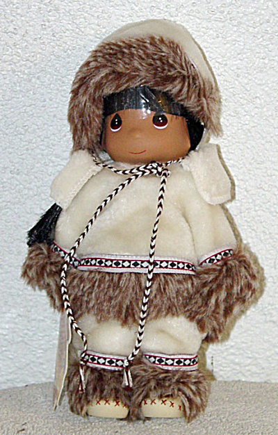 Precious Moments Sulu Eskimo in White Doll (Image1)