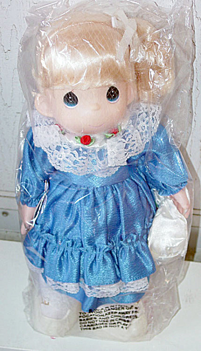 Precious Moments Co. Missy Doll (3rd Ed.) 1998-2000 (Image1)