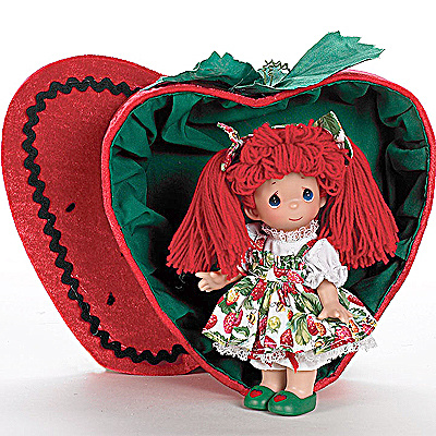 Precious Moments Co. You're a Berry Good Friend Doll Set (Image1)