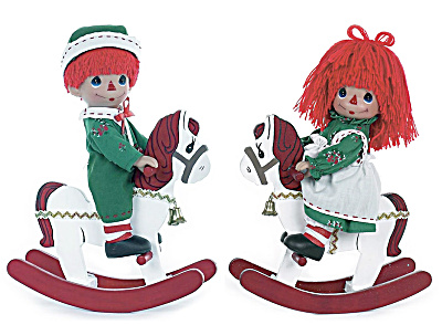 Precious Moments Rockin' Christmas Wishes Raggedy Doll Set (Image1)