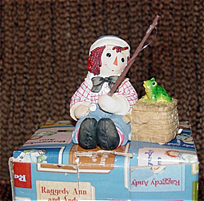 Enesco Fishing Raggedy Andy Figurine (Image1)
