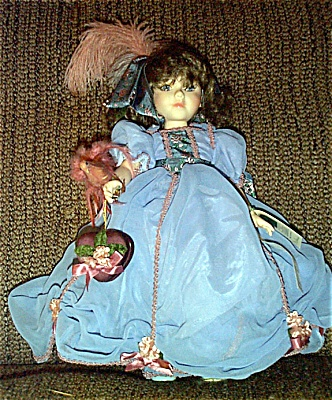 Robin Woods Gone with the Wind Melanie Valentine Doll 1990 (Image1)