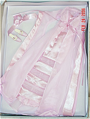 Tonner Sweetheart Dreaming Alice Queen Doll Outfit Only