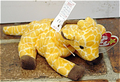 Ty Twigs the Giraffe Beanie Baby 1996-1998 (Image1)