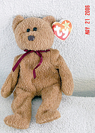 Ty Curly the Flocked Brown Bear Beanie Baby 1996-1998 (Image1)