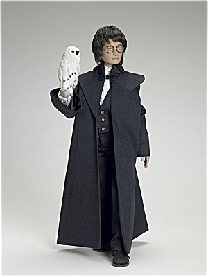 Harry Potter at the Yule Ball Doll 2006 (Image1)