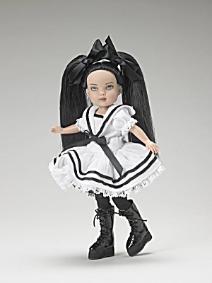 Little Mischievy Tonner Kickits Doll 2007 (Image1)