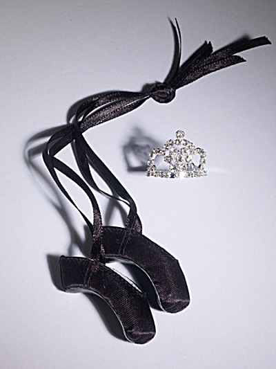 Tonner Nu Mood Finishing Touch Ballet - Black Shoe Set 2012 (Image1)
