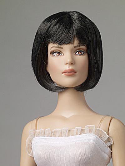 Tonner Nu Mood Black Angle Cut Doll Wig 2012 (Image1)