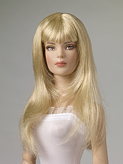 Tonner Nu Mood Blonde Fringe Cut Doll Wig 2012 (Image1)