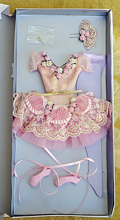 Tonner Sugar Plum Fairy Ballet Doll Outfit Only 2013 (Image1)