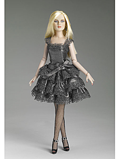 Tonner Silver Shimmer 13 In. Revlon Doll Outfit Only, 2011 (Image1)