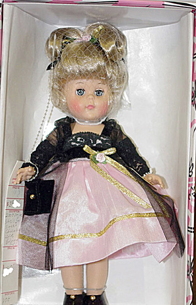 Vogue 2000 Chocolate Lace Modern Ginny Doll (Image1)