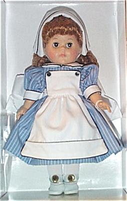 Vogue Ginny Lends a Hand Nurse Doll 2001 (Image1)