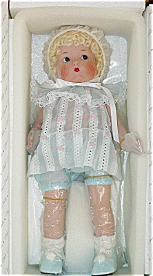 2002 Large Vogue Just Me Blonde Doll in Blue (Image1)