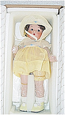2002 Vogue Just Me Small Brunette Doll in Yellow (Image1)