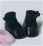 Click here to enlarge image and see more about item BMT0300b: Black Tiny Betsy McCall Doll Shoes