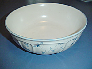 Noritake Strawberry Delight Round Serving Bowls