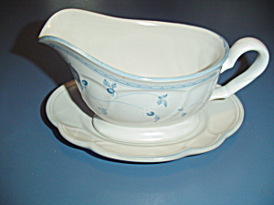 Noritake Strawberry Delight Gravy Boat And Underplate