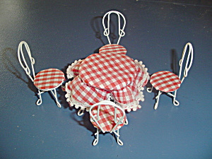 White Metal Patio Table Set Doll House Furniture Red Check