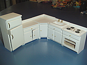 5 Pc. White Kitchen Applicance Set Doll House Furniture Corner Cabinet