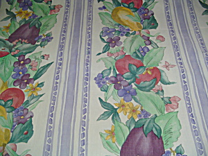 Pfaltzgraff Summer Garden 84x70 Cloth Backed Vinyl Tablecloth