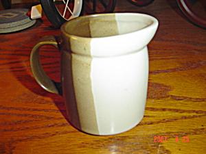 McCoy Sandstone Creamer (Image1)