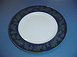 Crate & Barrel Greenwich Dinner Plates