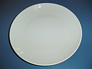 Pfaltzgraff Simply White Circles Dinner Plates
