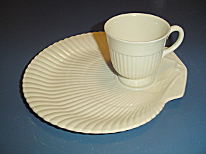 Wedgwood Etruria Barlaston Snack Sets Off White Yellow Tint