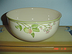 Wedgwood Wild Apple Large Salad/serving Bowl
