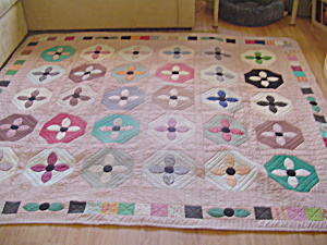 Beautiful Hand Made Floral Reversible Patch Quilt 50+years Old