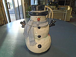 Home Snowman w/Blue Scarf and Hat (Image1)