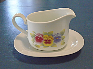 Corelle Summer Blush Gravy Boat And Under Plate