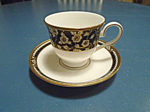 Lenox Golden Dynasty Cups And Saucers