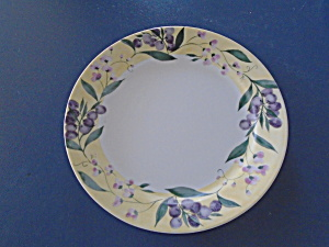 Corelle Floral Grape/olive Dinner Plates Rare