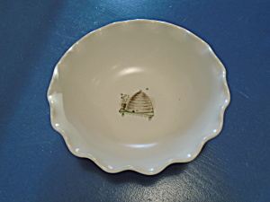 Pfaltzgraff Naturewood Scalloped Party Bowl