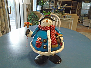 A Fat Rolly Polly Snowman Made From Metal  (Image1)