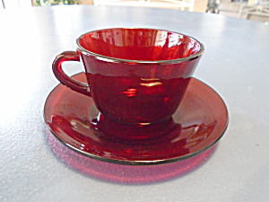 Anchor Hocking R1700 Ruby Red Cups/saucers