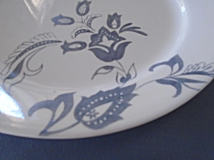 Corelle White And Gray Flower Dinner Plates No Known Pattern